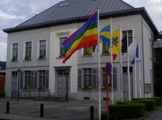 Avelgem - Internationale Dag tegen holebi en trans fobie - vlag
